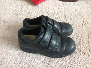 Clarks size 13W black dress shoes