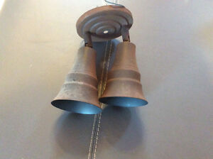 Luminaire à deux ampoules dirigeables brun