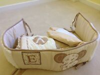 Baby's blanket, cot bumper and vallance