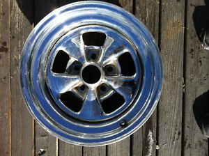 "MINT chrome 5 spoke mag wheel. 14"" x 7"" - 5 x 4.5/4.75"