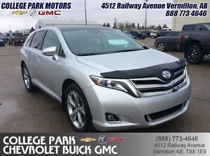 2013 Toyota Venza Base  V6, bluetooth, sunroof, AWD