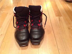 Salomon size 5.5 classic ski boots