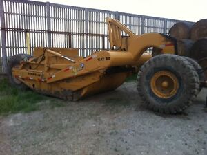 CAT Earth Mover