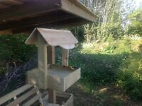 NEW Bird feeder