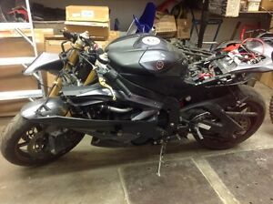 2007 Yamaha R6 Parting out