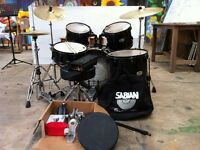 PEARL (Export Series) 5 piece drum kit with Sabian Solar cymbals and accessories.Great condition
