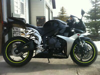Black Honda CBR600 low km's MINT CONDITION