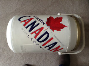Molson Canadian beer can cooler