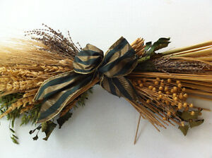 Decorative Dried Flowers Arrangement Swag Wheat Barley Lavender Peterborough Peterborough Area image 1