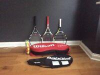3 top of the range tennis rackets, 4 balls, 4 racket bag