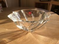 Stunning crystal bowl