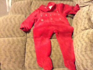 Red Sleepers SIZE 12 - 18 mth
