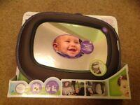 Munchkin baby in sight mirror