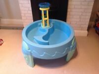 Interactive water play table