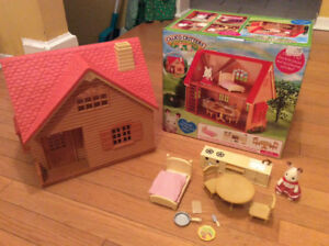 Calico Critter Cottage Mint Condition with original packaging