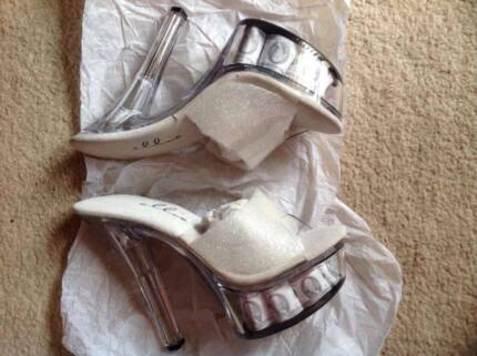 """6"""" Clear High Heel with US Dollar Bill Size8(US) Brand New $130. East Cannington Canning Area Preview"""