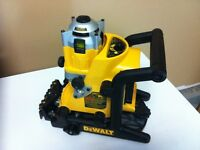DW073KW Rotary Laser Level 18V for T-Bar/Cement Work (Reduced)