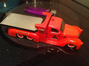 MAISTO ADVENTURE WHEELS MISSILE TOW FLATBED / 1937 FORD COUPE