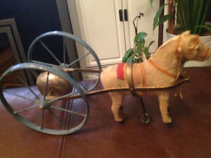 EARLY 1900 SMALL PULL TOY WITH BELL London Ontario image 1