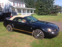 2000 Ford Mustang 2Door Convertible