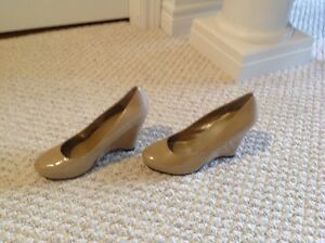 Taupe wedge heel shoes