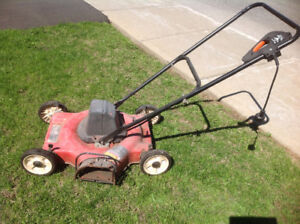 Tondeuse electric a vendre/Electric Lawnmower for sale