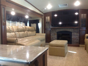 Jayco pinnacle 38' vacation travel trailer 5th wheel Moose Jaw Regina Area image 3
