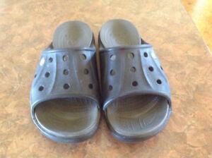 Crocs men's or ladies