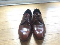 """Men's """"Barker"""" shoes size 6"""