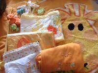 Baby giraffe cot set bedding job lot