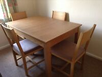 Dinning Table and Chairs £40