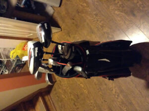 Selling used golf clubs and bag