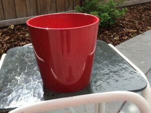 RED CERAMIC PLANTER; good condition; 6 inches wide X 6 inches ta