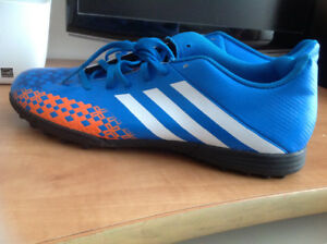 Chaussures soccer Adidas 'Predito' soccer shoes for sale