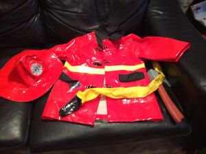 FIREMAN HALLOWEEN COSTUME FOR KIDS