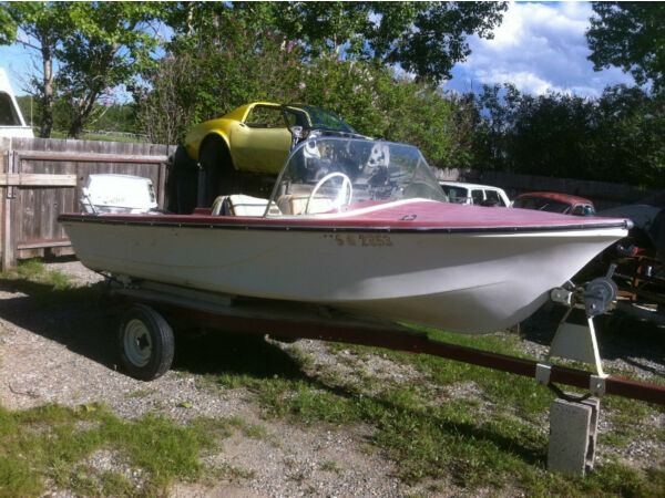 Used 1970 Other 16 foot motor boat