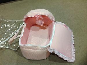 Travel pink bassinet London Ontario image 1