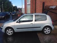 Renault Clio 1.2 16v Dynamique 12 months mot clean little car