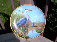 Large BLUE HERON Collector's PLATE in excellent condition