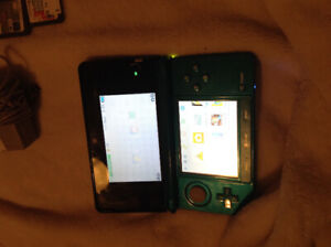 Blue Nintendo 3DS + Games & Charger