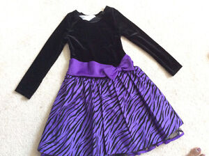 Girls beautiful party dresses 7-9 years old London Ontario image 3