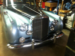 BEAUTIFUL BENTLEY S2 WELL MAINTAINED