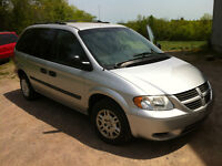 2005 Dodge Caravan with 161500 kms certified and etested