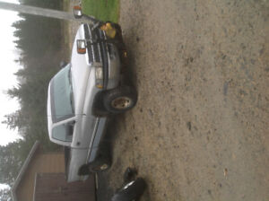 1996 DODGE RAM 4X4, WITH 8 FT PLOW, 245/75/16 SNOW TIRES