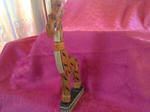 Vintage. Sculpture de bois forme girafle Gatineau Ottawa / Gatineau Area image 3