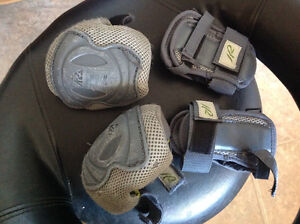 2 pairs of protective gear for small kids- $10 all