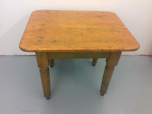 Corner Antique pine TABLE de coin en pin