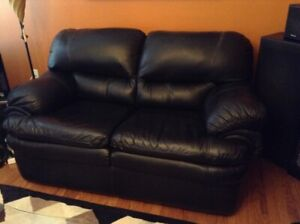 LEATHER COUCH SET FOR SALE!!