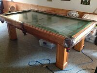 National 9 foot pool table
