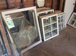 Fenêtres anciennes en bois